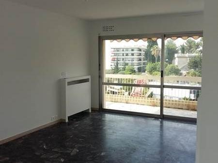 location appartement 06200