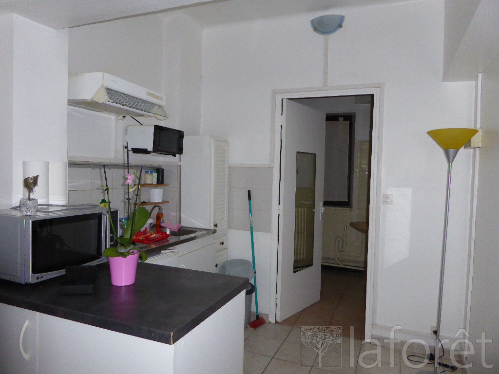 location appartement 08