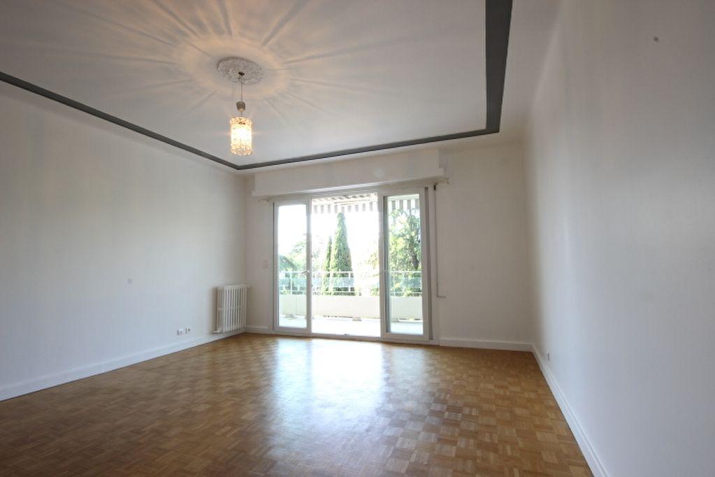 location appartement 2 pieces le cannet