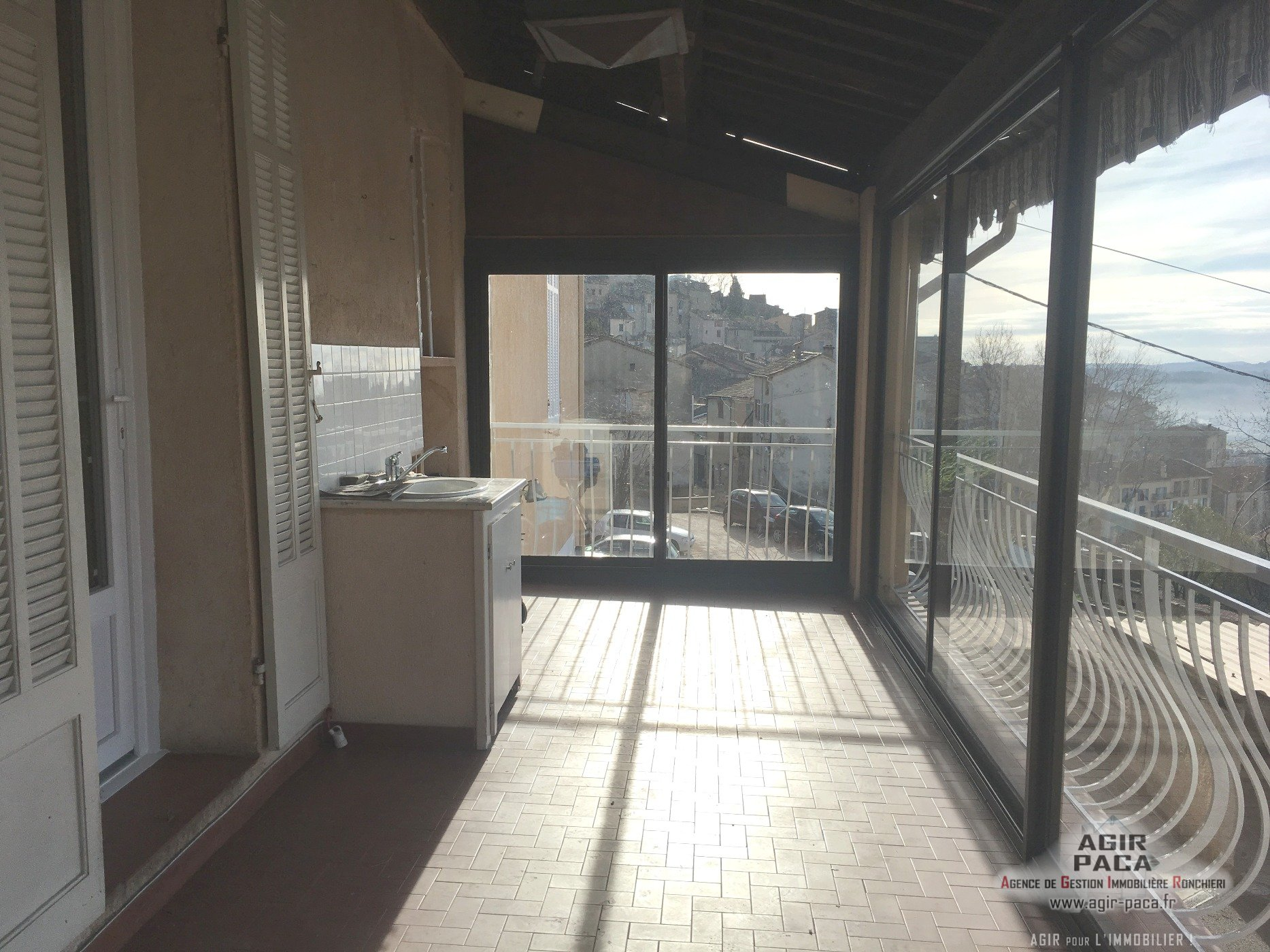 location appartement 83440