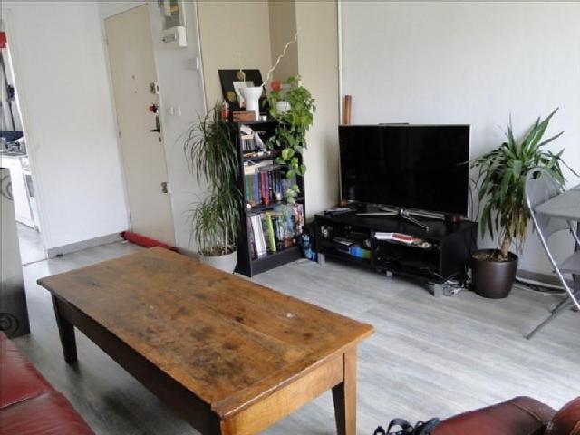 location appartement a aubagne. Black Bedroom Furniture Sets. Home Design Ideas
