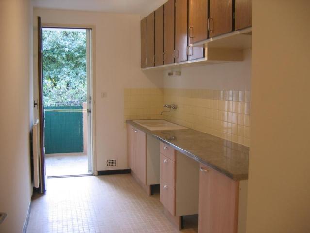 location appartement de particulier a particulier. Black Bedroom Furniture Sets. Home Design Ideas