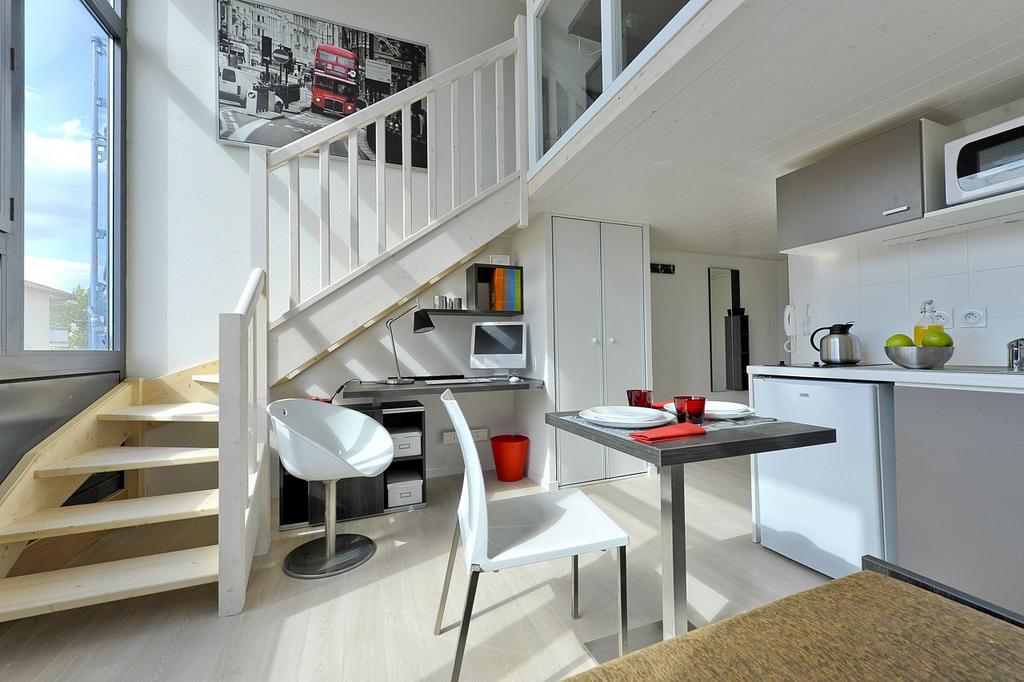 location appartement etudiant lyon. Black Bedroom Furniture Sets. Home Design Ideas