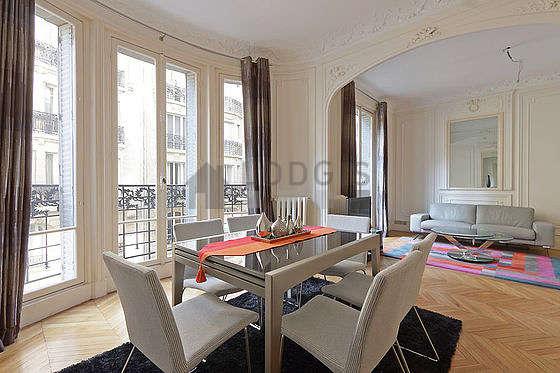 location appartement paris xvi. Black Bedroom Furniture Sets. Home Design Ideas