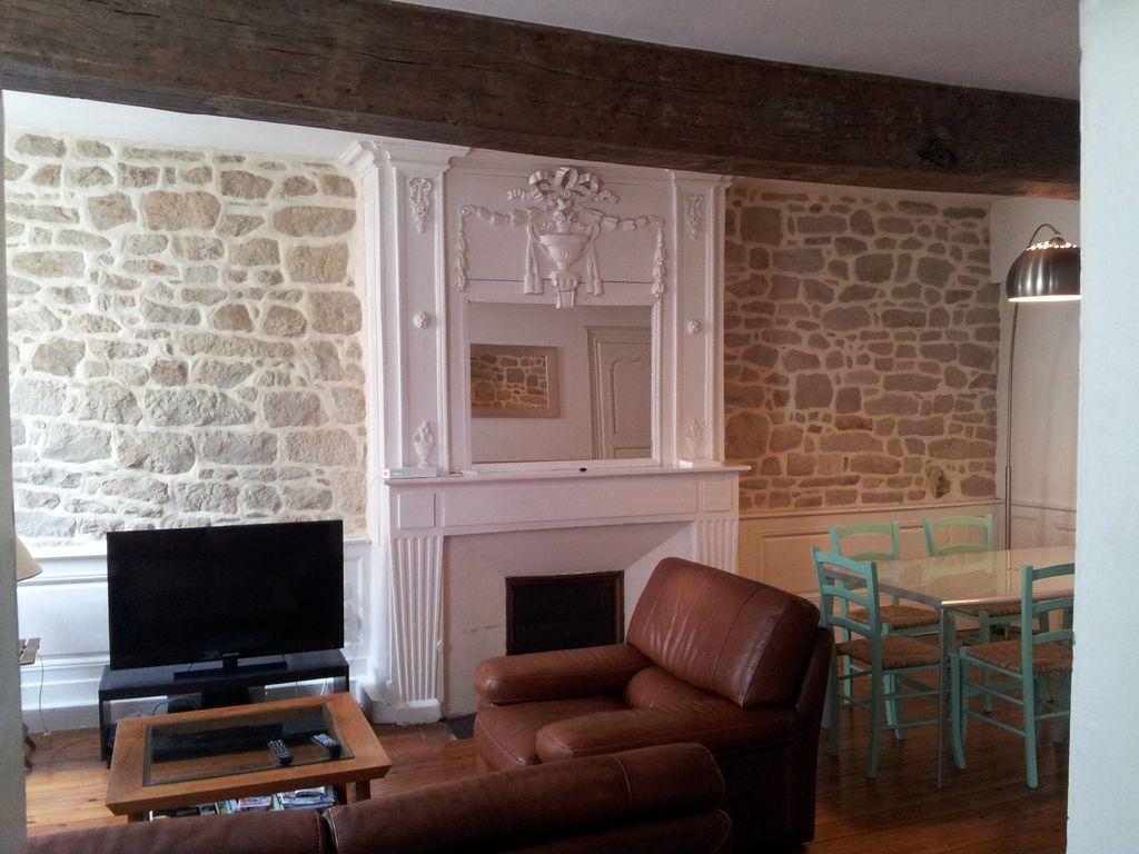location appartement vannes. Black Bedroom Furniture Sets. Home Design Ideas