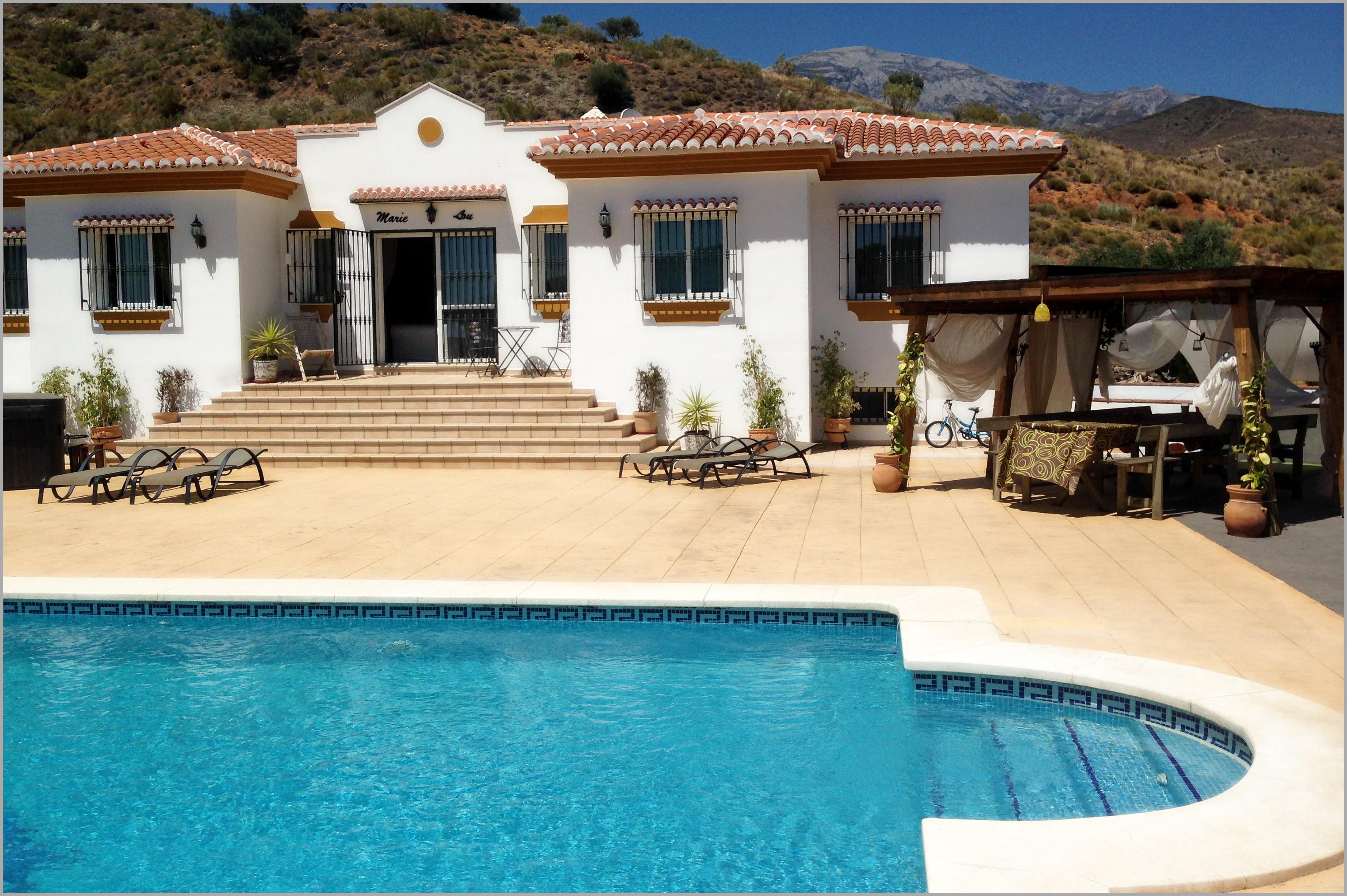 Location maison avec piscine espagne - Location maison avec piscine barcelone ...