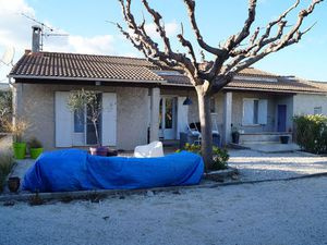 location maison eyragues