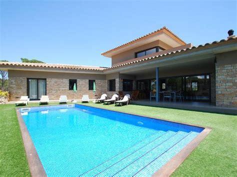 location maison piscine espagne