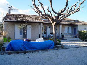 location maison eyragues