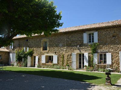 location maison robion 84