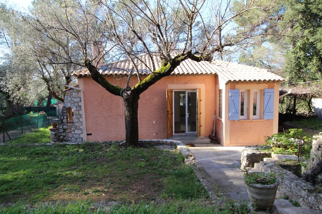 location maison roquefort les pins